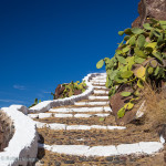 Santorini (Σαντορίνη) Greece – Steps to Church